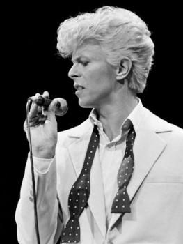 Modern-Love-David-Bowie-on-Exshoesme.com